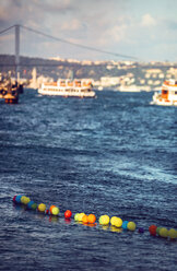 Turkey, Istanbul, colorful balloons on Bosphorus - EHF000107