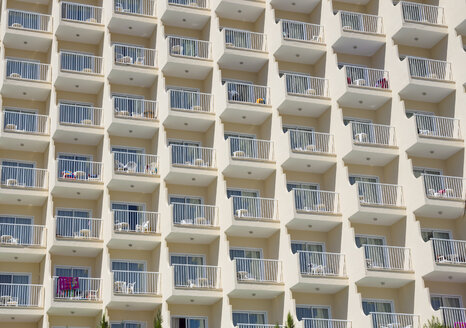 Spain, Baleares, Mallorca, rows of balconies of a hotel - AMF003589