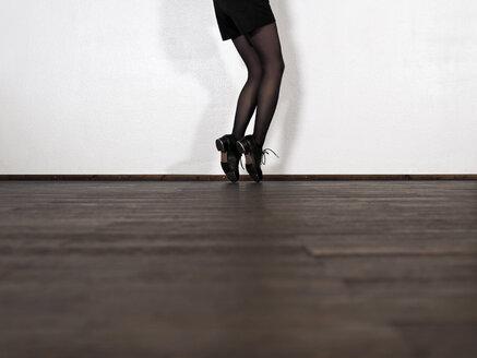 Legs of step dancing woman - LAF001295
