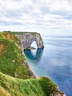France, Normandy, Etretat, Cote d'Albatre, rocky coastline - SEGF000211