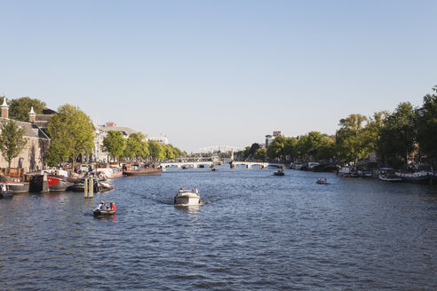 Netherlands, County of Holland, Amsterdam, Magere Brug, river Amstel with boats - GW003751