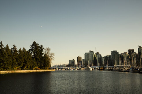Canada, Vancouver, View at the City from Stanley Park - NGF000156