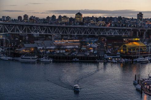 Canada, Vancouver, Burrard Street Bridge with False Creek - NGF000203