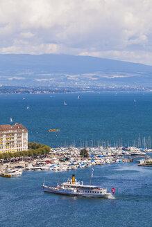 Switzerland, Geneva, harbor with paddlesteamer on Lake Geneva - WD002833