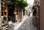 Greece, Monemvasia, alley in old town - WW003583
