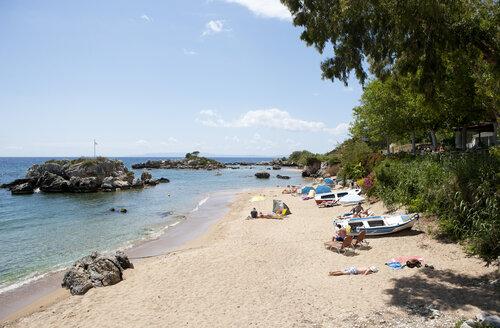 Greece, Stoupa, sandy beach - WWF003529