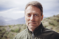 Spain, Canary Islands, Gran Canaria, portrait of mature man in the nature - MFF001430