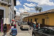 Ecuador, Quito, road traffic - FO007646