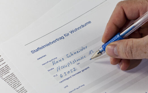 Hire contract is being filled in - AMF003735