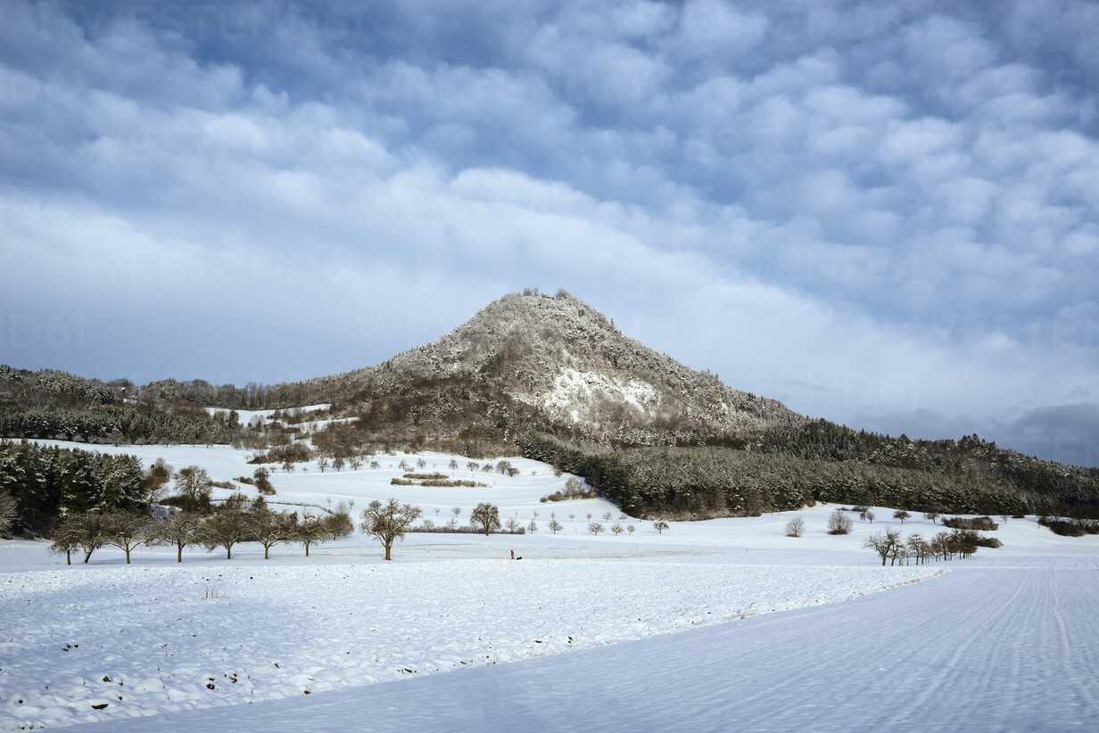 Germany, Baden-Wuerttemberg, Constance district, Hohenhewen near Engen in winter - ELF001476 - Markus Keller/Westend61