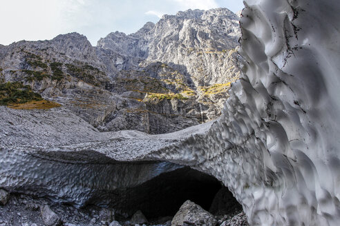Germany, Bavaria, Berchtesgaden, Berchtesgaden National Park, Watzmann mountains, Ice Chapel, glacial ice - ZC000194