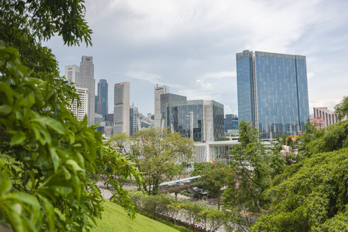 Singapore, downtown, financial district, view from Fort Canning park - JB000242