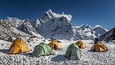 Nepal, Khumbu, Everest region, Ama Dablam from high camp on Pokalde peak - ALRF000060