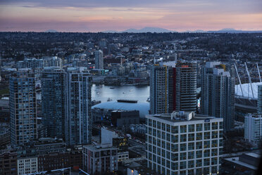 Canada, Vancouver, cityscape as seen from Harbour Centre - NGF000224