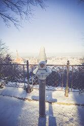Germany, Bavaria, Landshut, cityscape from Hofgarten in winter - SARF001340
