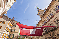 Switzerland, Lausanne, Swiss Flag and town hall - WDF002902