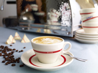 Cup of cappuccino - SRSF000536