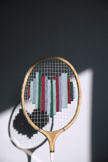 Badminton racket embroidered with heart - GIS000001