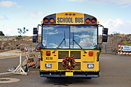 USA, Hawaii, Maui, Lahaina, festive decorated school bus - BR001011