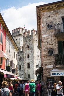 Italy, Lombardy, Province of Brescia, Sirmione, Scaliger Castle - GS000937