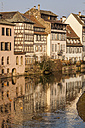 France, Strasbourg, La Petite France, old buildings at riverside of Ill - JUNF000250