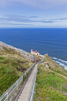 USA, California, Pacific Coast, Gulf of the Farallones, Marin County, Point Reyes Lighthouse - FOF007770