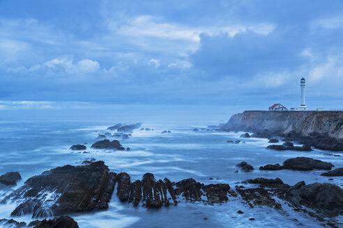 USA, California, Pacific Ocean, Mendocino County, Point Arena Lighthouse - FOF007773