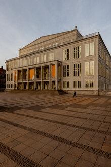 Germany, Leipzig, opera house at Augustusplatz - HC000109