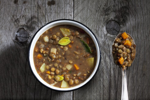 Bowl of lentil soup - CSF024817