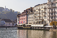 Switzerland, Luzern, hotels and outdoor gastronomy at riverside of Reuss - WD002977