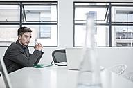 Businessman in meeting room - ZEF004511