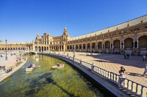 Spain, Andalusia, Sevilla, Plaza de Espana - THAF001332
