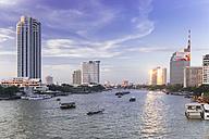 Thailand, Bangkok, skyline with Chao Phraya River - DRF001464