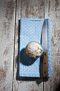 Muffins, knife and cloth on wood - CSF024991
