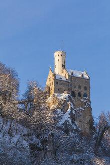 Germany, Baden Wuerttemberg, View of Lichtenstein Castle near Honau in winter - WDF002995