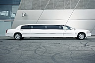 Germany, Munich, stretched limousine at BMW Welt - ED000128