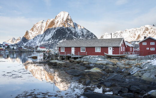 Norway, Lofoten, Reine, view to harbour at sunrise - MKFF000187