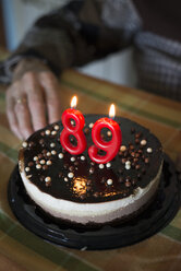 Birthday cake for a 89 year old woman - RAEF000094