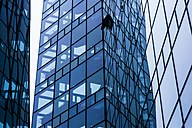 Germnay, Munich, glass facade of a modern office building - TCF004600