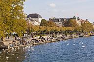 Switzerland, Zurich, Lake Zurich, Uto Quai, waterfront promenade - WDF003000