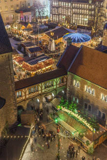Germany, Lower Saxony, Braunschweig, Christmas market in the evening - PVCF000396