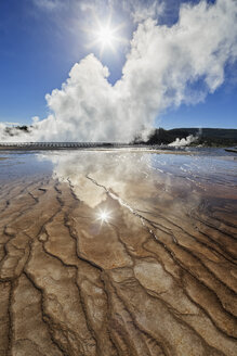USA,  Yellowstone National Park, Lower Geyser Basin, Midway Geyser Basin, Excelsior Geyser - FOF008033