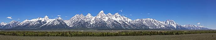 USA, Wyoming, Grand Teton National Park, Teton Range, Panorama - FOF008094