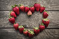 Strawberries shaped like a heart - SARF001709