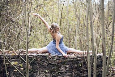 Austria, female dancer in the wood - DAWF000342