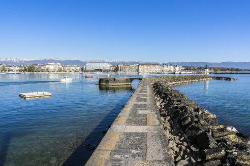 Switzerland, Geneva, nozzle of the Jet d'Eau at Lake Geneva - WEF000339