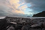 Iceland, Vik, beach - KEBF000169