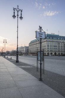Germany, Berlin, Pariser Platz at dawn - ASCF000130