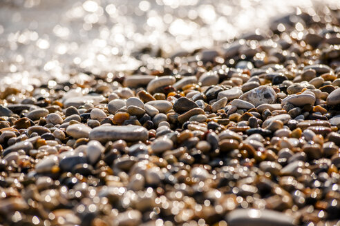 Greece, Corfu, pebble beach - EGBF000062
