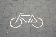 Germany, pictogram of a bicycle lane - ASCF000157